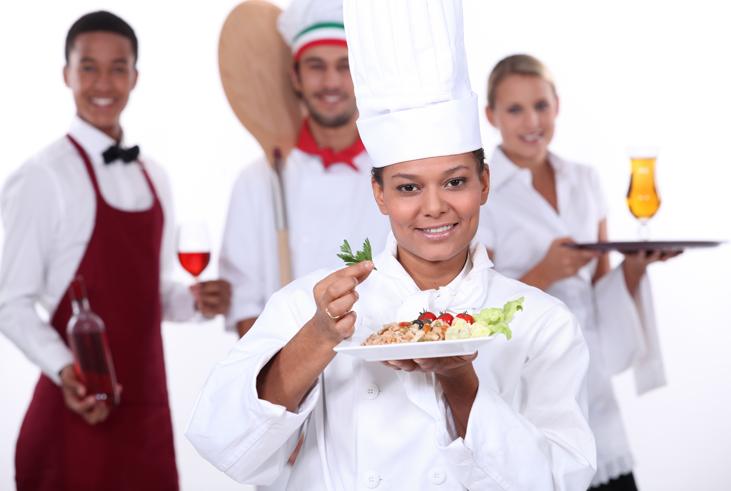 Consejos para encontrar el mejor servicio de banquetes para tu graduación