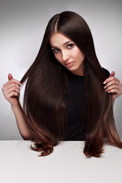 Tips para lucir cabello hermoso con extensiones en tu graduación