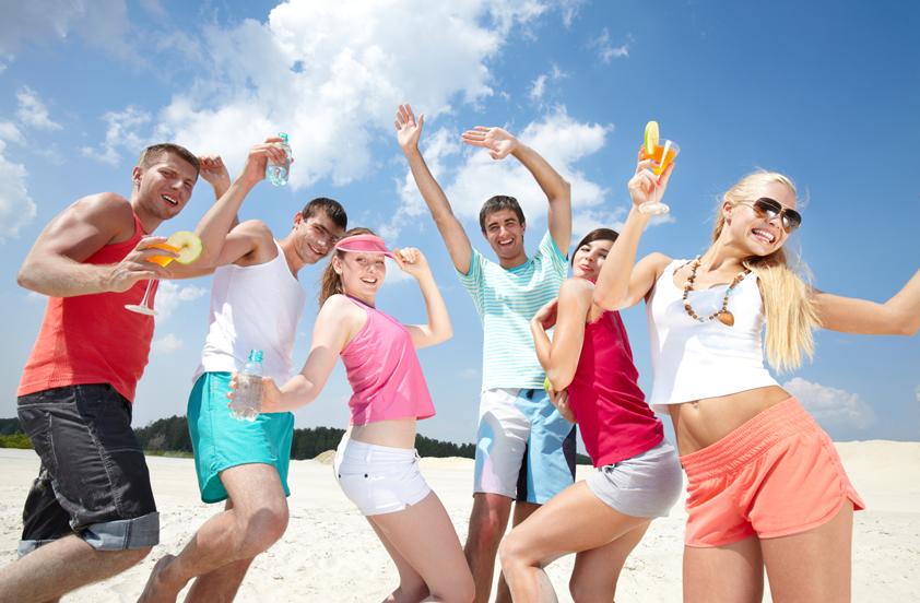 Tips para organizar una prefiesta de graduación en la playa